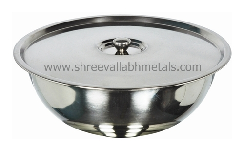 Deep Footed Bowl With Cover & Knob